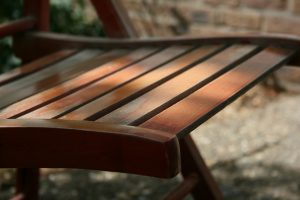 Meble ogrodowe technorattanowe czy drewniane? Które meble ogrodowe warto wybrać?